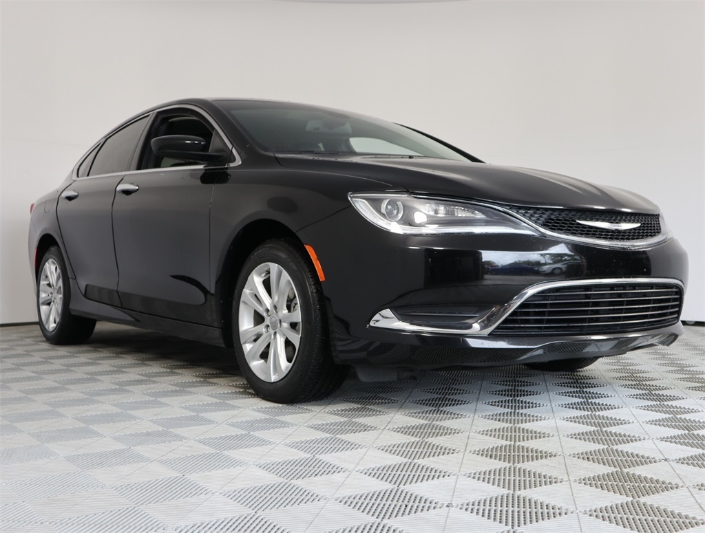 Certified Pre Owned 2017 Chrysler 200 Limited