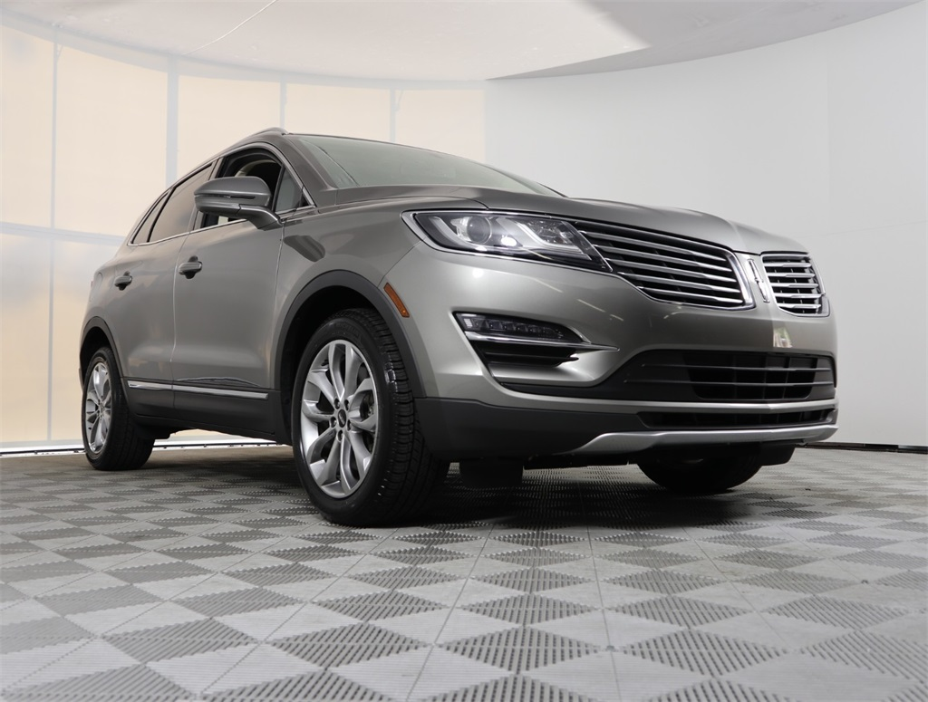Certified Pre-Owned 2016 Lincoln MKC Select