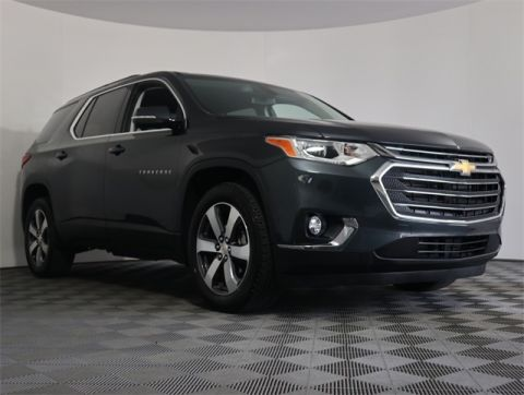 Certified Pre-Owned 2019 Chevrolet Traverse LT Leather